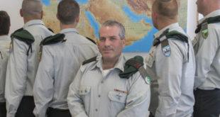 תא''ל שנייד וקציני המודיעין בגבולות ישראל. צילום: יוסי אלוני