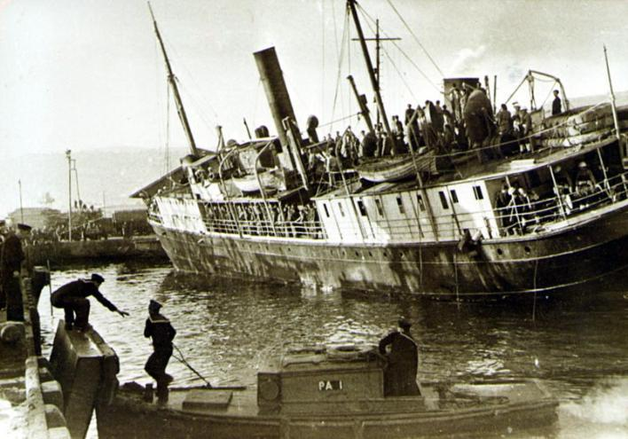 מעפילים מגורשים ומגיעים לקפריסין