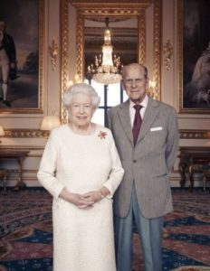 המלכה אליזבת ובעלה הנסיך פיליפ
