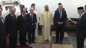 מלך מרוקו חסן השישי בבית כנסת אטדג'י מאזין לתפילה לגשם