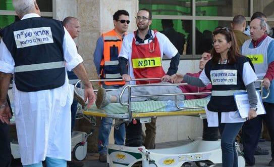 """מאות אנשי צוות השתתפו בתרגיל רב נפגעים שדימה אירוע טרור באצטדיון פ""""ת"""
