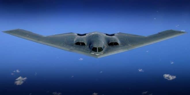 """מפציצים שטסו מעל מנסוטה ארה""""ב עוררו בהלה וחשש לתקיפה נוספת בסוריה"""