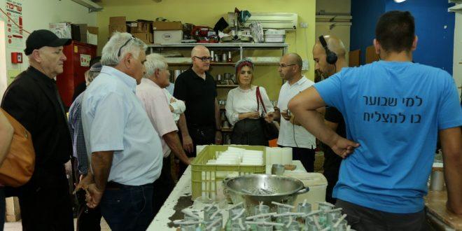 שר העבודה והרווחה חיים כץ הנחה לקדם את רווחת תושבי אשקלון