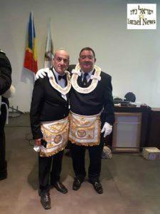 """משמאל: אבי כהן אחיו של אלי כהן הי""""ד"""