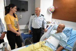 חוסאם טריף יחד אשתו ג׳ומאנה וגונדר אשר וקנין, צילום: דוברות שב״ס