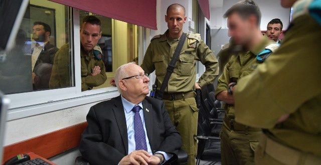 """ריבלין לחיילי אוגדת עזה: """"העורף הישראלי הוא עצבי הברזל של המדינה. אתם קיר הברזל שלה"""""""