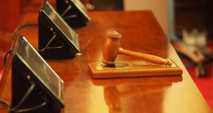 judge-1587300_1280
