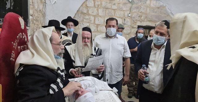 ברית מילה התקיימה בקבר יוסף אחרי 20 שנות נטישה