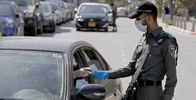 מי חייב לעטות מסיכה ברכב: נהג בודד, משפחה גרעינית או אנשים זרים?